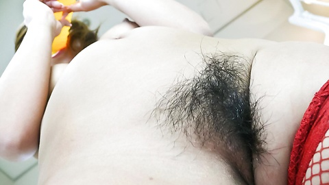 Akiho Nishimura - Akiho Nishimura stuffs her mouth and twat with a toy cock - Picture 9