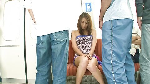 Iori Mizuki - Lovely Japanese babe Mizuki Iori finger fuck inside a train - Picture 1