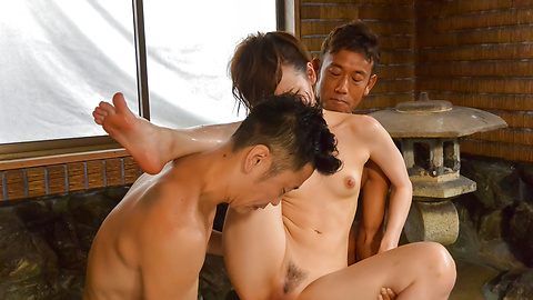 Yui Uehara - Japan blowjob in group action for Yui Uehara - Picture 12