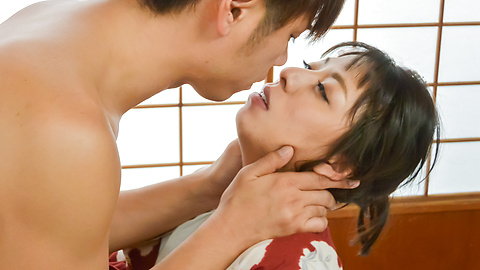 Ryoko Murakami - Asian giving blowjob in pure hardcore show  - Picture 10