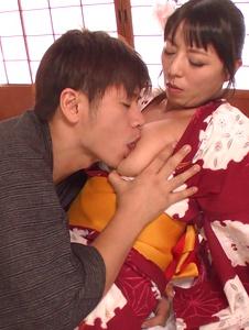 Ryoko Murakami - Asian giving blowjob in pure hardcore show - Screenshot 5