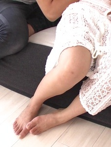 Mai Kuroki - Asian girl blowjob along insolent Mai Kuroki  - Screenshot 6