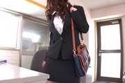 Office Girl Chinatsu Kurusu Masturbates And Sucks At Work Photo 4