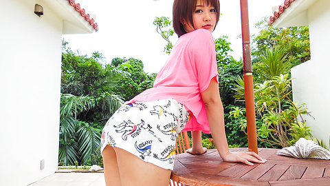 Saya Tachibana - Girl provides Asian blowjob while on the road - Picture 3