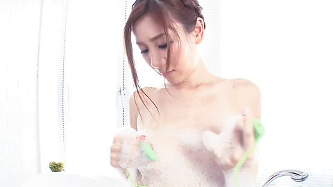 Kaori Maeda - Young beauty amazes with her fine ass under the shower - Picture 8