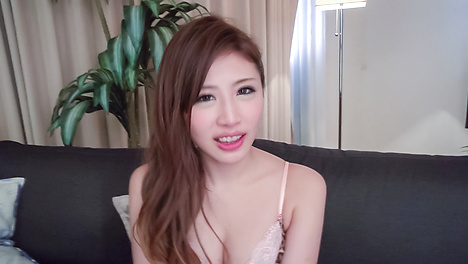 Asian girls blowjob in steamy POV special