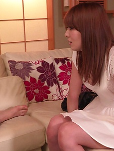 Yui Hatano - Naked Yui Hatano applies Japan blowjob on a big dick - Screenshot 1
