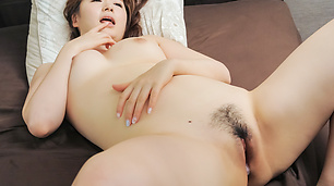 Hot Japanese milf sucks and fucks like a goddess