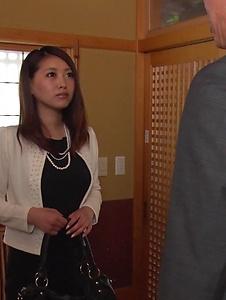 Miki Aimoto - Spicy office milf, Miki Aimoto, Asian amateur porn on cam - Screenshot 3