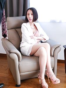 Rina Nanase-SExual adventure for passionate Rina Nanase Picture 2