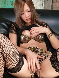 Aika - Aika愛以亞洲creampies她的襪子 - 圖片2
