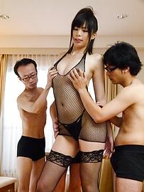 青山沙希 - グループ4P乱交!高身長青山沙希 - Picture 10