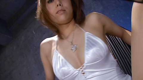 Rui Shiina - Rui Shiina dan Asia sayang jimat Nasty cumbuan vaginanya dengan dildo berdenyut - gambar 2