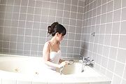 Hot Shower Blowjob With MILF Manami Komukai Photo 3