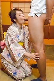 篠田涼花 - お出かけ前にザーメン発射!篠田涼花 - Picture 12