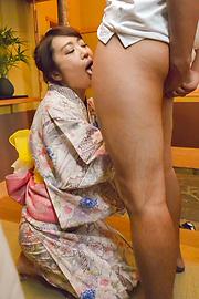 篠田涼花 - お出かけ前にザーメン発射!篠田涼花 - Picture 1