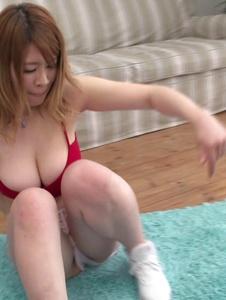 Suzuna Komiya - Busty milf amazes with her Japan blowjob moments - Screenshot 6
