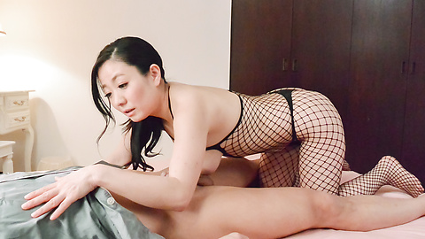 Shino Izumi - Asian foot fetish porn spectacle along busty Shino Izumi - Picture 3