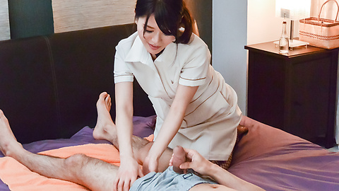 Nana Nakamura - Japan blow job to start Nana Nakamura's porn play  - Picture 2