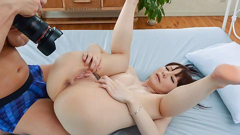 Airi Miyazaki - Airi Miyazaki in top rated Asan blow jobs porn scenes  - Picture 4