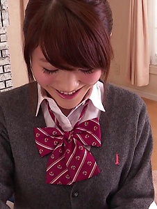 Hina Makimura - Perfect POV blowjob by young Hina Makimura - Screenshot 2
