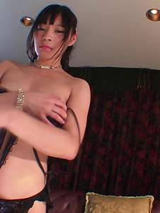 Anne - Busty Anne presents her assets in a nude solo show  - Screenshot 1