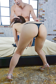 Mizuki Akai - Busty beauty provides amazing Japanese blowjob  - Picture 5