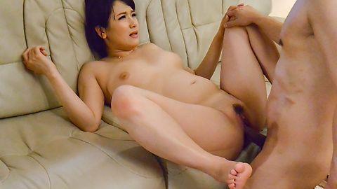 Harua Narimiya amazes with how tight she is
