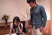 Suzu Ichinose gets her shaved Asian pussy demolished Photo 3