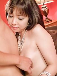 Hina Tokisaka - Big titted Hina Tokisaka gives a great japan blowjob - Picture 4