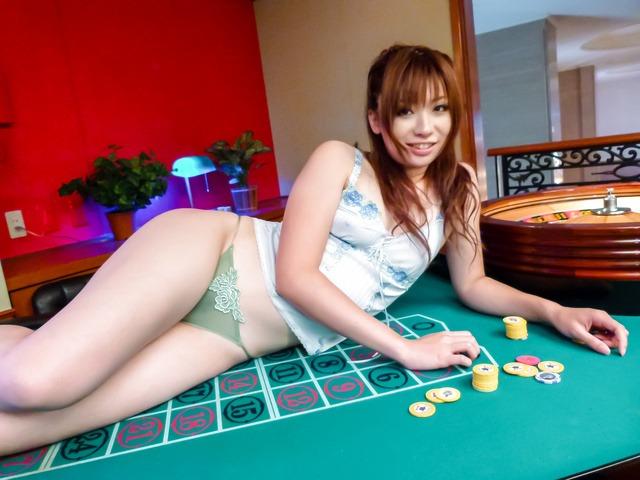 Horny billiards players enjoy blowjob