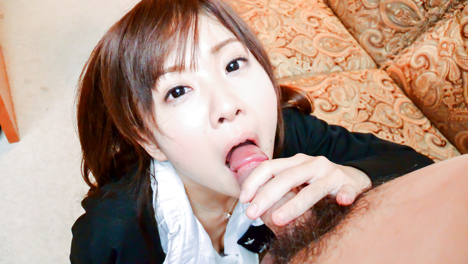 Hot Miu Suzuha amazing cock sucking home experience