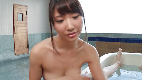 Maria Sasaki - Amateur Maria Sasaki provides amazing Asian blow job  - Picture 4