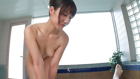 Maria Sasaki - Amateur Maria Sasaki provides amazing Asian blow job  - Picture 5
