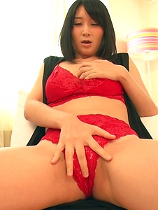 Chie Aoi - Brunette in red lingerie amazing Asian amateur solo - Screenshot 6