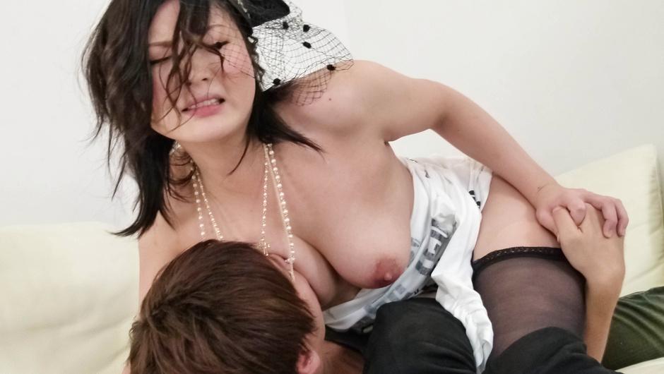 Megumi Haruka asian girls blowjob and rough fucking