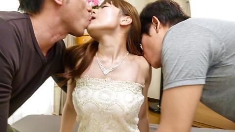 Anri Sonozaki - Sexy Anri Sonozaki enjoying two horny males - Picture 2