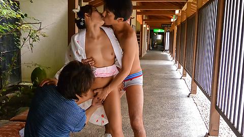 Aoi Mizuno - Sexy outdoor Japanese blow job byAoi Mizuno - Picture 2