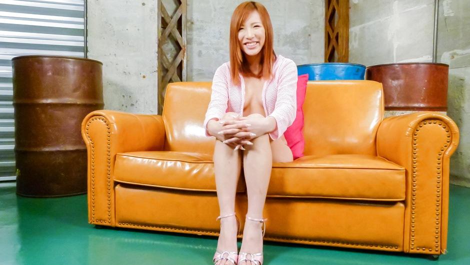 JapanesemilfYuika Akimotoposing and masturbating on cam