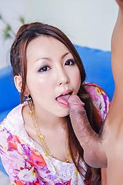 Karin Asamiya - Sweet babe swallows jizz after amazing Asian blowjob - 图片 9