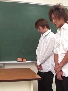 Risa Misaki - Sexy teacher goes nasty in Asian creampie gangbang show - Screenshot 1