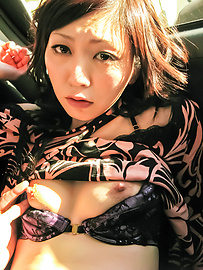 Serika Kawamoto - Sweetie receives Japanese vibrator in the car  - 图片 6