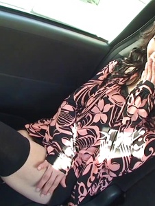 Serika Kawamoto - Sweetie receives Japanese vibrator in the car -  10 รูปภาพหน้าจอ