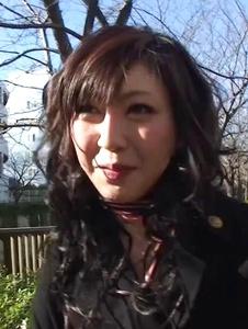 Serika Kawamoto - Sweetie receives Japanese vibrator in the car -  2 รูปภาพหน้าจอ