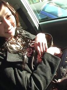 Serika Kawamoto - Sweetie receives Japanese vibrator in the car -  4 รูปภาพหน้าจอ