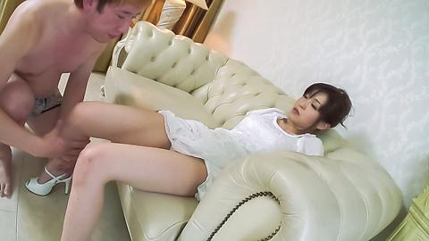 Miina Kanno - ร้อน MILF กับน้องตั๊ดในระหว่างประสบการณ์โฮมเมดรึเปล่า -  5 รูปภาพ