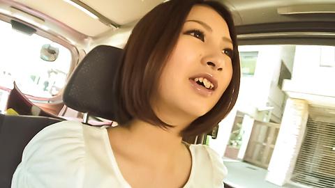 Ran Minami - สวยไหม รัน Minami พัดไก่ในรถรึเปล่า -  4 รูปภาพ