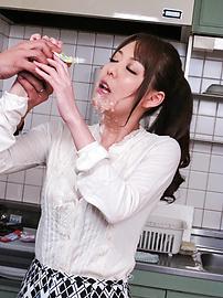 Akari Asagiri - Akari Asagiri busty is in double blowjob - Picture 4