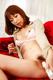 Nonoka Kaede - Asian huge dildo to crack Nonoka Kaede's pussy - Picture 9