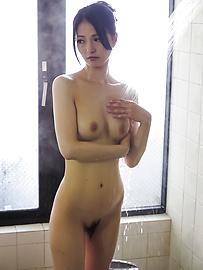 Miria Hazuki - Asian amateur sex videos withMiria Hazuki - Picture 1